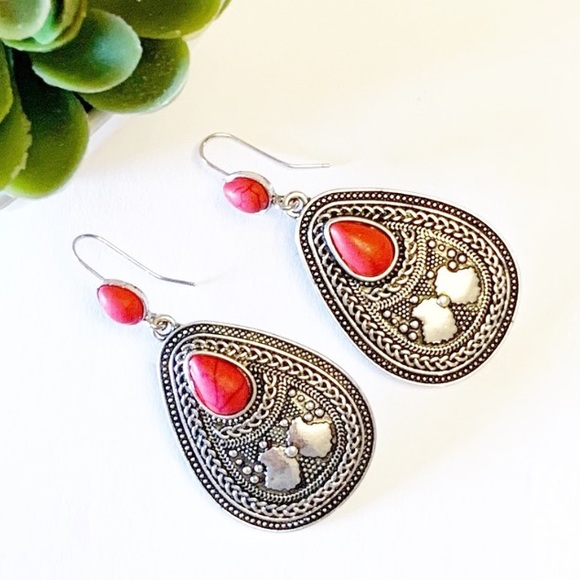 Jewelry - Silver Red Turquoise Earrings